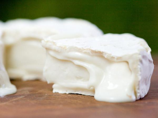 Ziegen-Weichkäse mit Weißschimmel